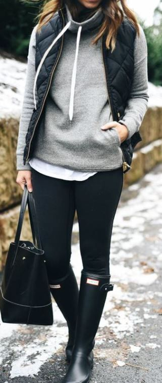 #fall #outfits / Black Quilted Vest - Black Hunter Boots