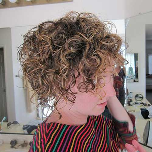 Short Curly Hairstyles 2018