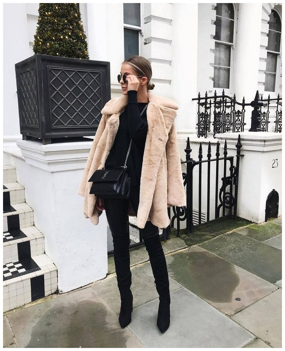 50+ pretty winter outfits you can wear on repeat 23