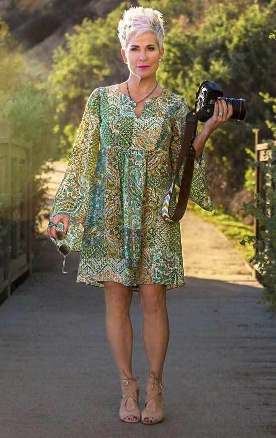 Vintage Outfits for Women Over 50