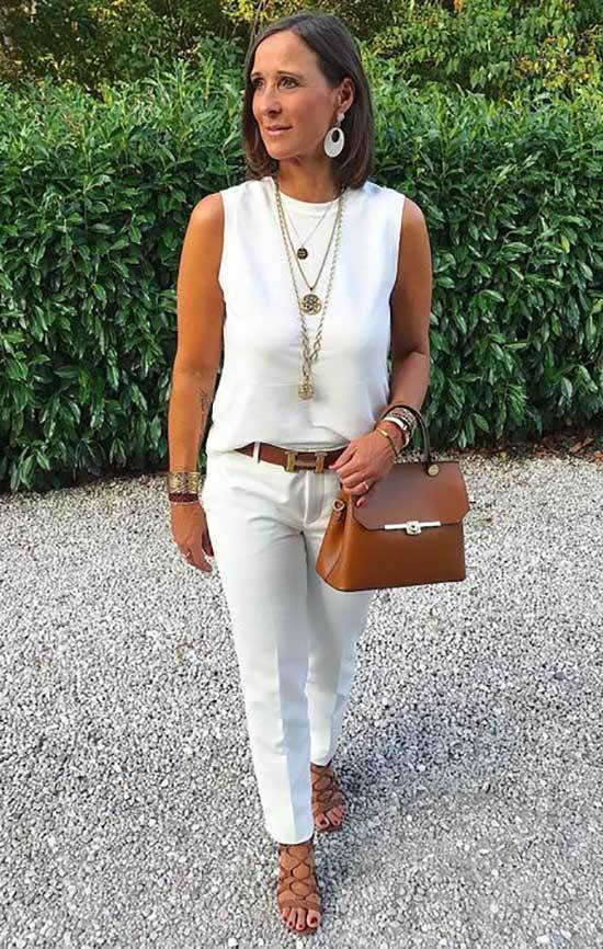 Cute Outfits for Women Over 50