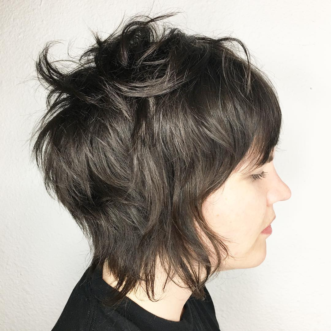 Soft and edgy layered shag