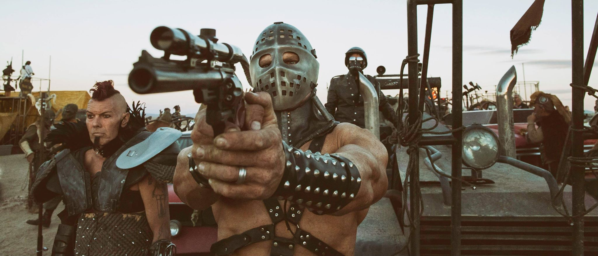 Car In Desert Wallpaper Mad Max Fans Prepare To Live The World Of Fury Road