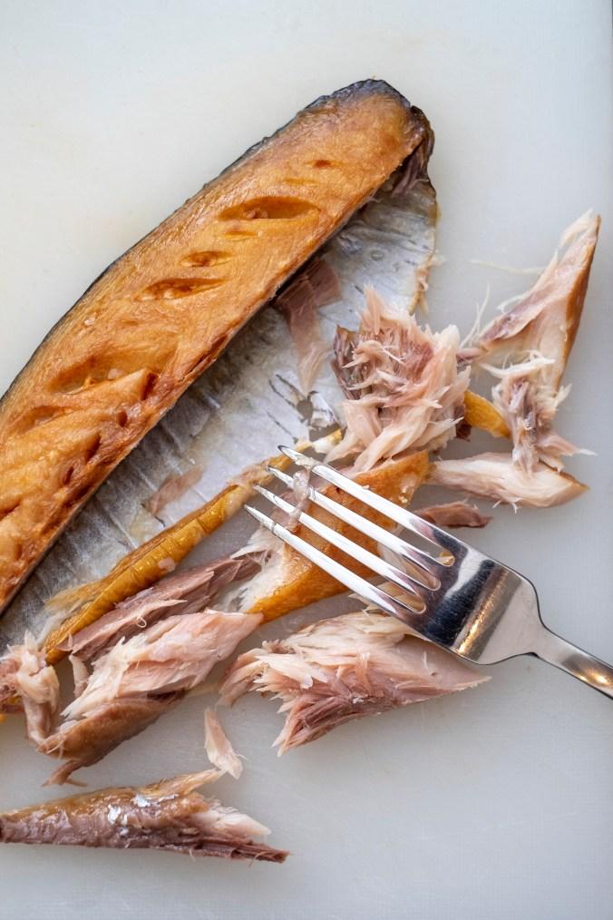 Gerookte makreel voor de panzanella van Russell Norman