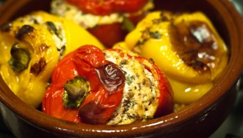 Gevulde paprika met ricotta, kappertjes en ansjovis