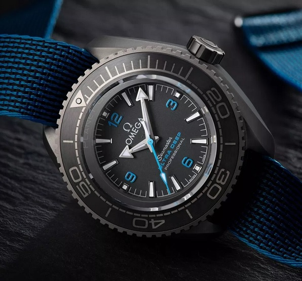 New Deep Dive World Record by Omega Seamaster Planet Ocean Ultra Deep Professional