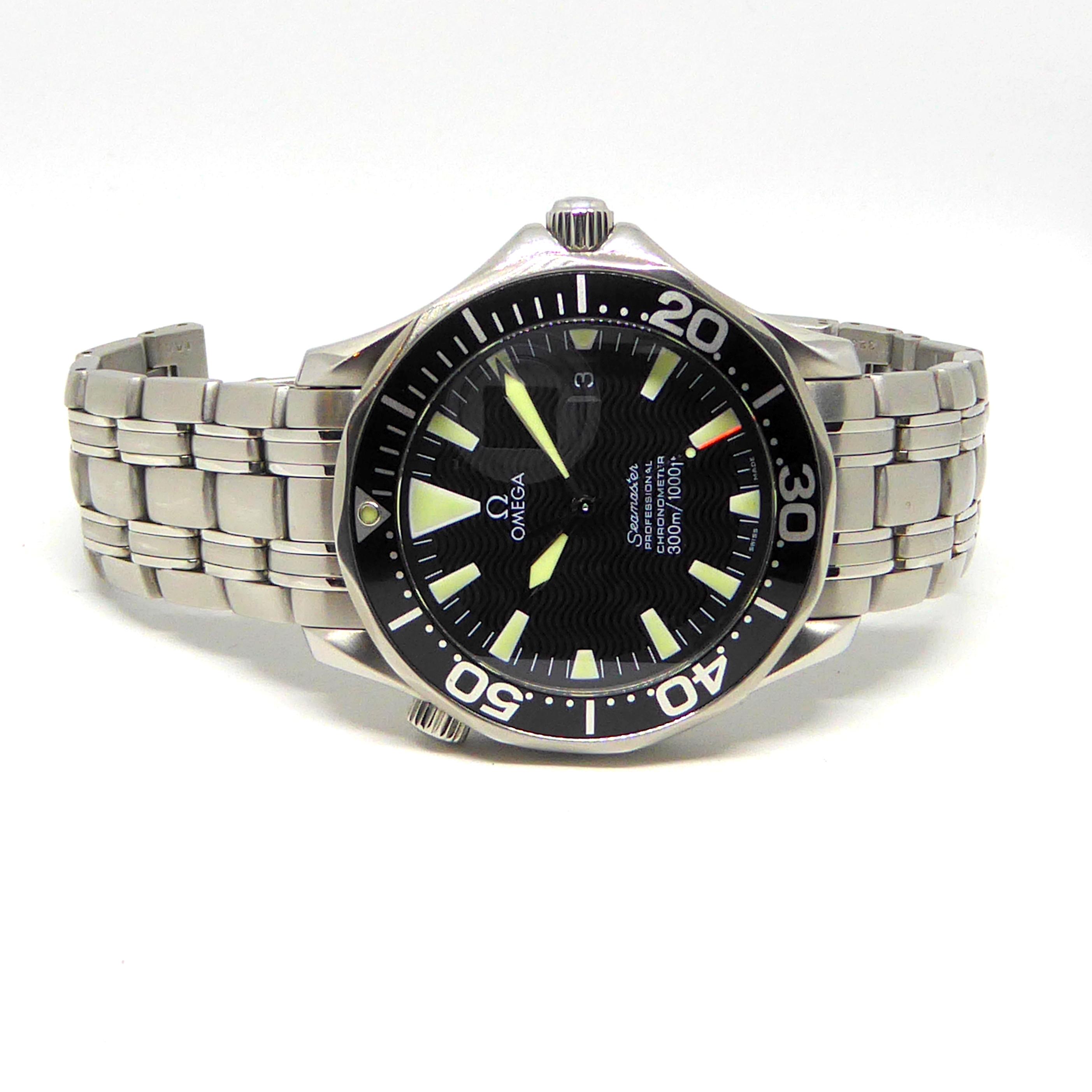 Omega Seamaster Professional Chronometer 300m Automatic Black Wave dial