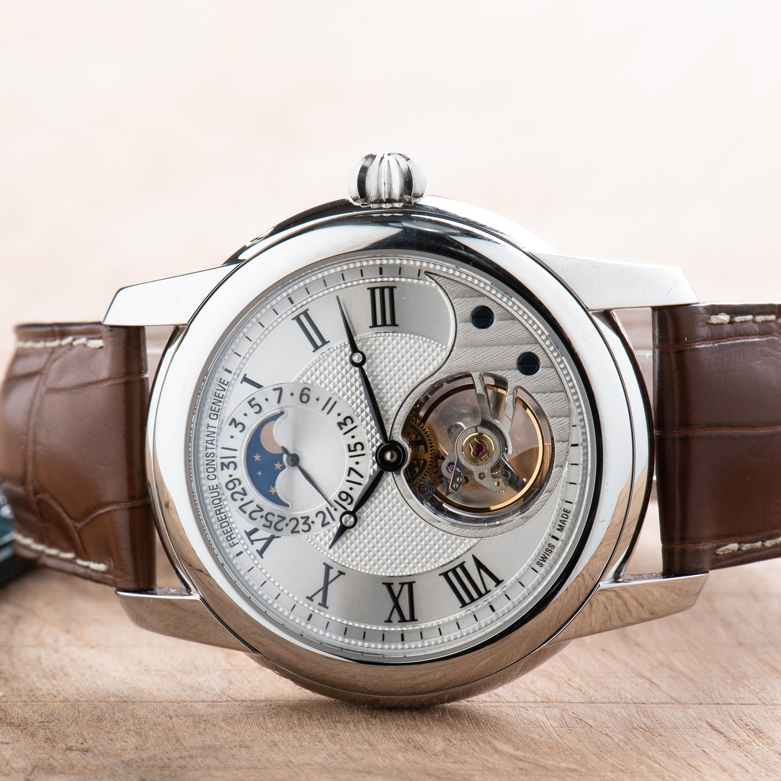 Frederique Constant Heart Beat FC-935MC4H6