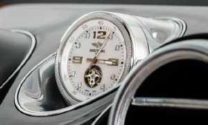 bentley-bentaygas-optional-breitling-clock