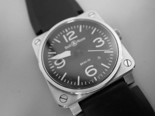 時計修理技術者コラムVol.45 ベル&ロス BR03のケース構造
