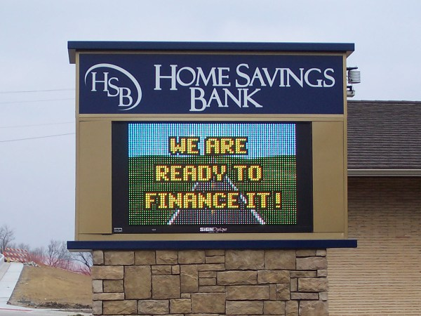 Digital Signs Banks And Credit Unions - Watchfire
