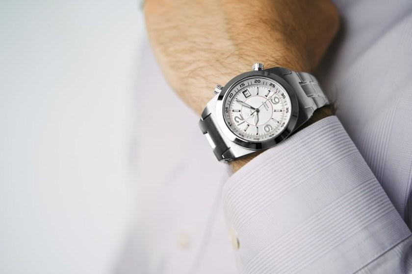 Acionna-Wrist-White