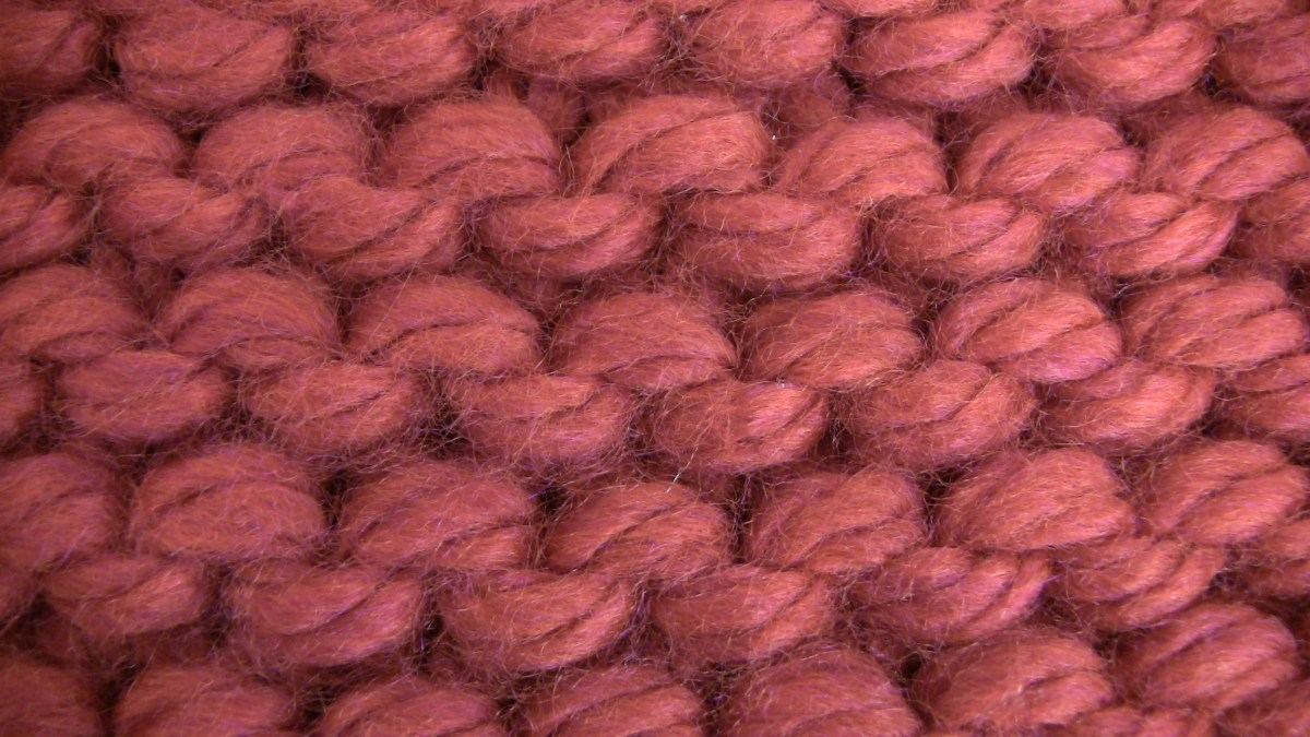 Tutorial 3 -  Purl stitch