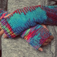 Colorful wrist warmer