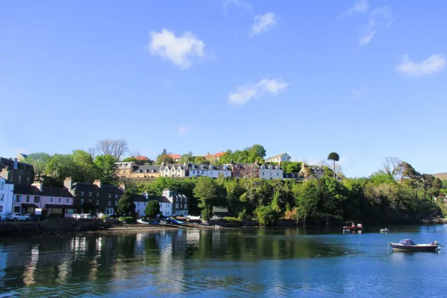 The colourful harbour of Portree on Skye.
