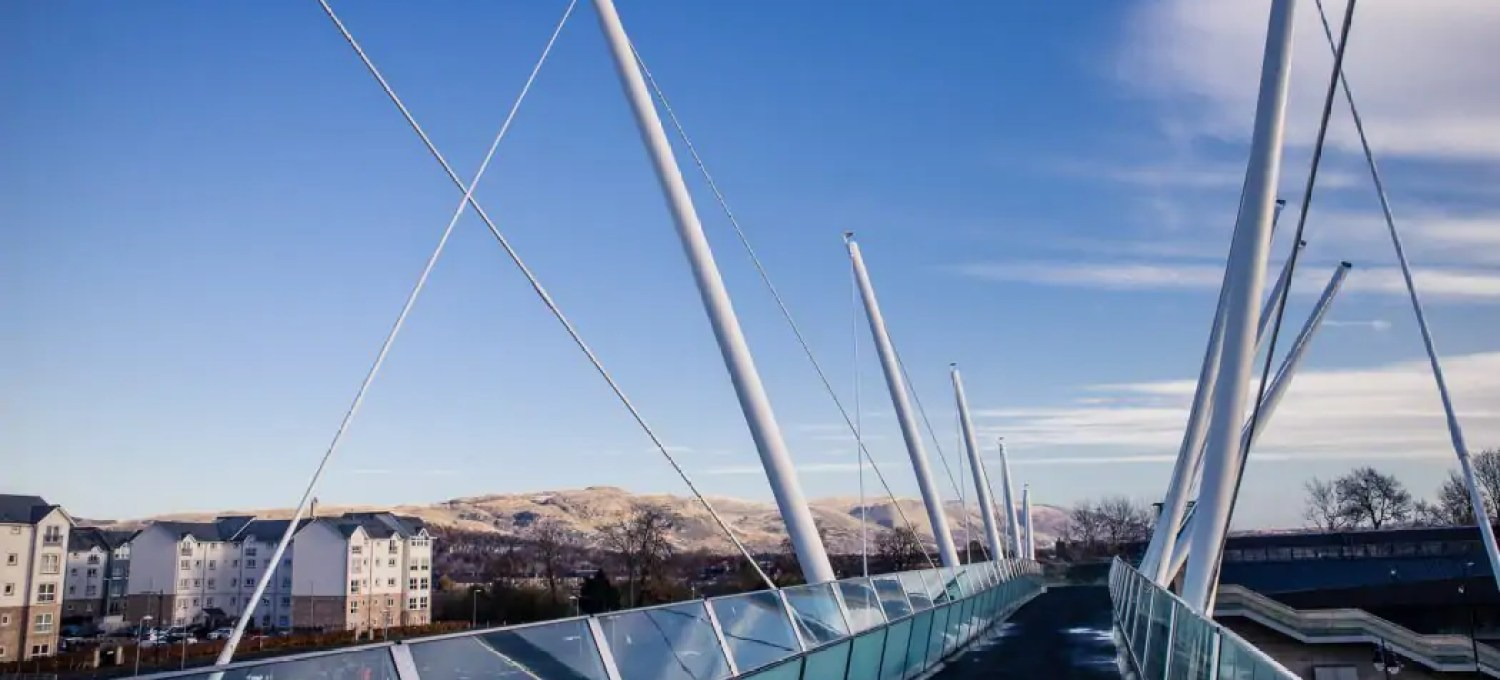 Most people have heard about Stirling Castle and the Wallace Monument - but there is so much more to do and see in Stirling! Get lost in the cobbled lanes of the old town, wander along the River Forth or learn about the conservation of historic sites around Scotland - here are 10 unusual things to do in Stirling!