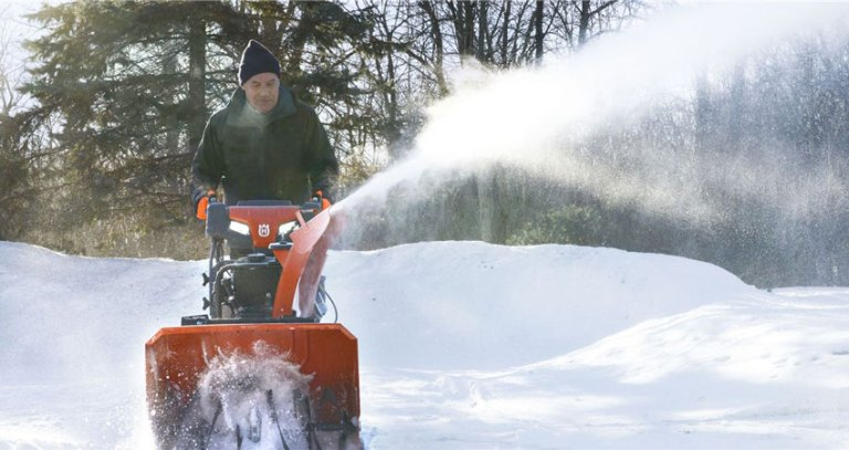 How To Remove Snow Easily In Winter