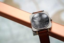 minus-8-square-chrono-leather-metal