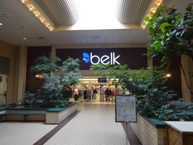 Belk,_The_Mall_at_Waycross_113797