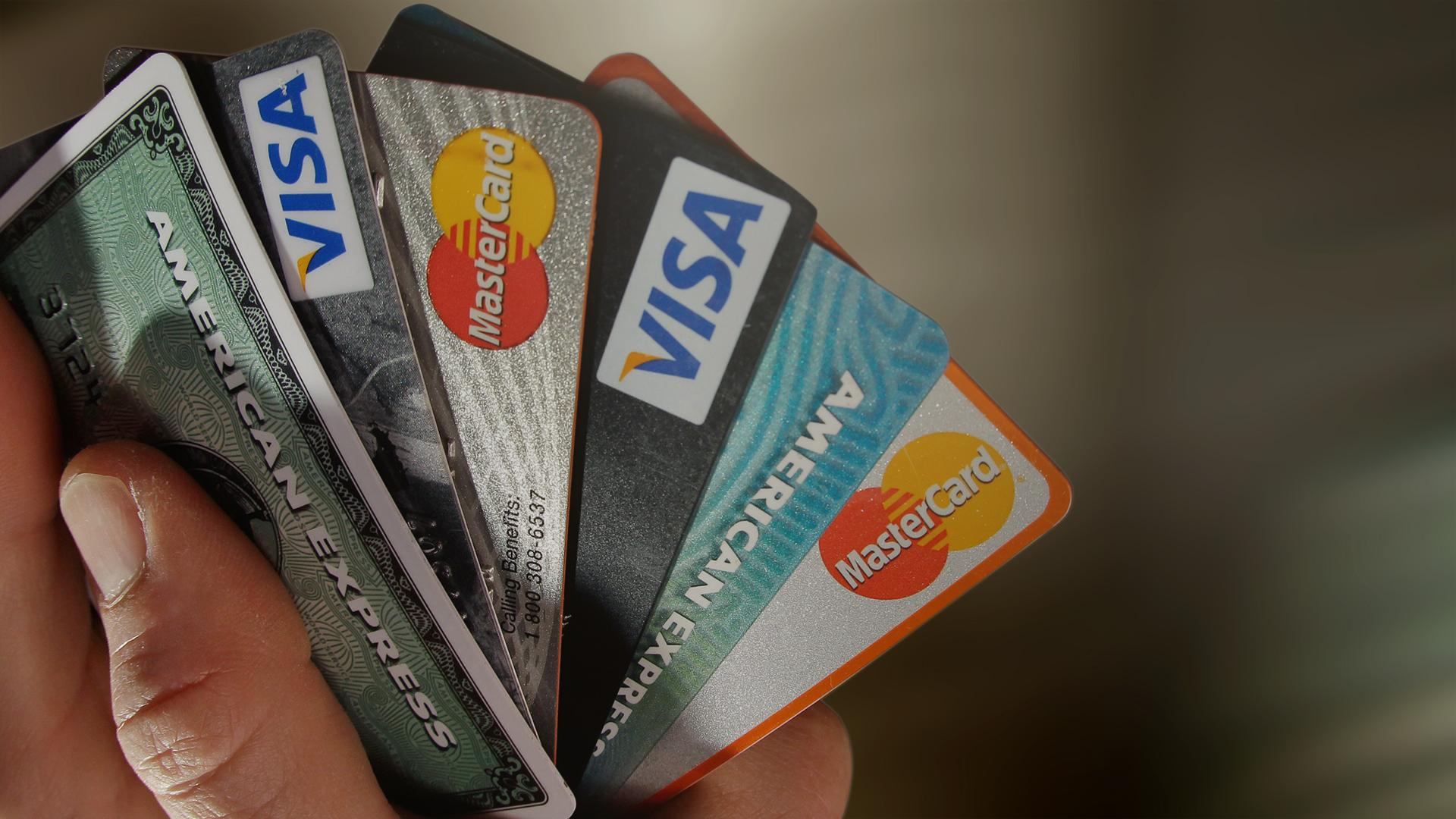 Credit cards, debit cards_220120