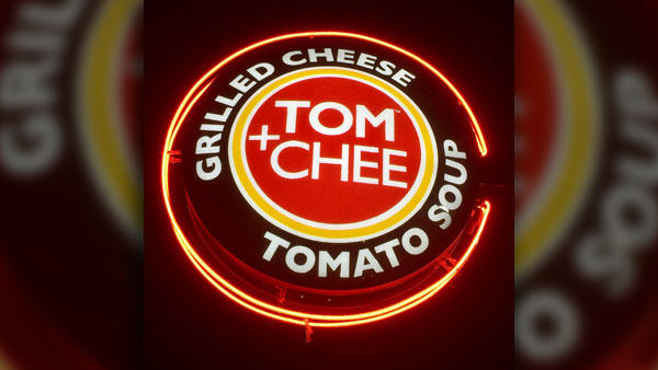 Tom+Chee_sign