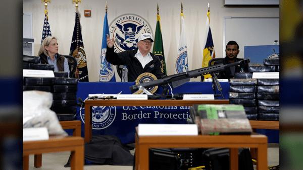 Trump_border_visit_roundtable_1547232079790.png