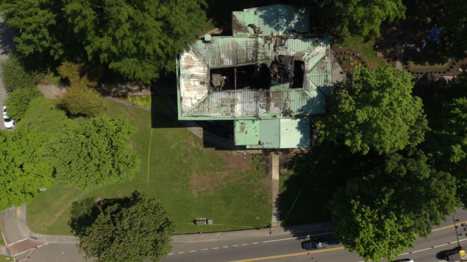 DRONE IMAGE_Loudon Co Courthouse fire damage_WLAF RADIO_3_0425_1556233178607.JPG.jpg