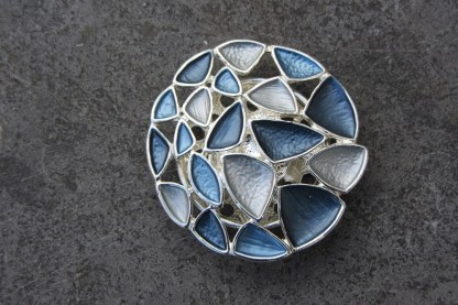 Magnetic brooch 50 1