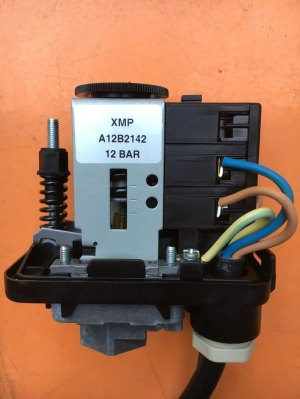 Pressure Switch Adjustment  Water Bore Pump submersible water pumps