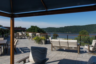 Water-Club-Poughkeepsie-Rooftop-patio-24