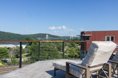 Water-Club-Poughkeepsie-Rooftop-patio-9