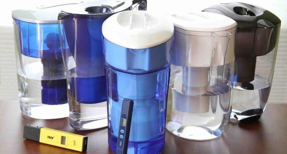 How Do Water Filter Pitchers Work