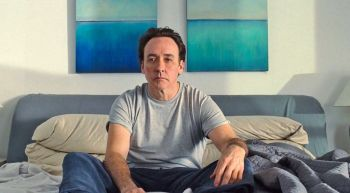 John Cusack ably portrays the older Brian Wilson, suffering from mental illness and trapped by an unscrupulous doctor.