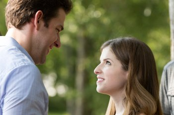 Anna Kendrick and other good actors cannot do much with The Hollars' less-than-believable characters.