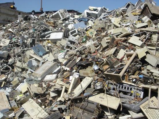 RAEE, smaltimento rifiuti elettronici