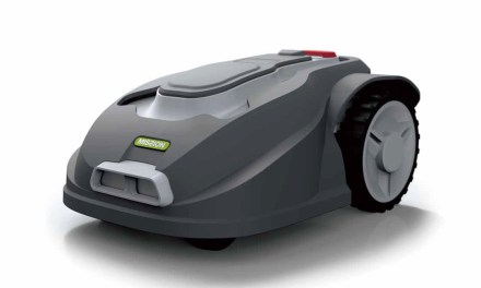 Esce in Italia il robot tagliaerba per i prati piccoli
