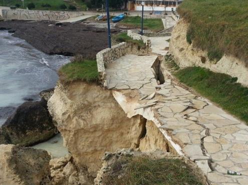 La stagione estiva salentina messa a rischio da un dissesto idrogeologico