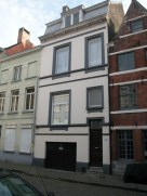 Sint-Katelijnestraat 19. Foto: Dirk Boncquet, juni 2003.