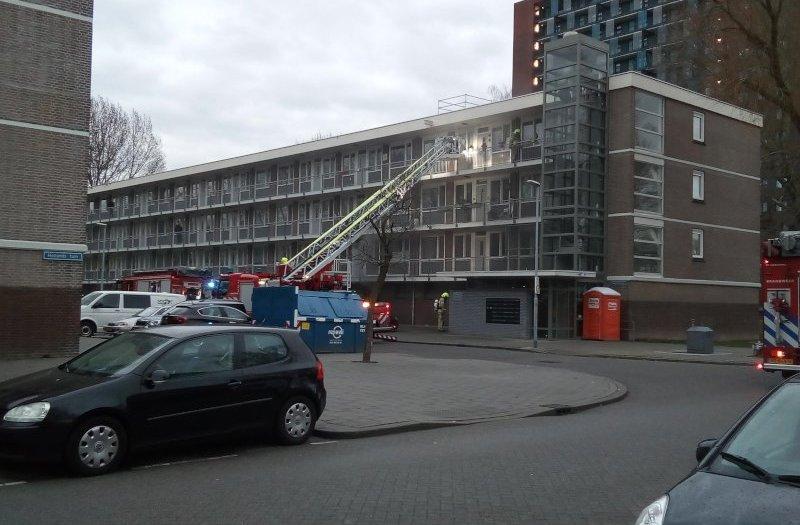 Kelderbrand moerbijtuin Rotterdam IJsselmonde