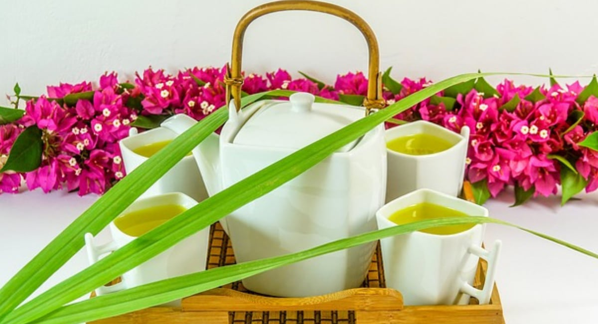 Lemongrass – Its 9 Most Potent Healing Benefits