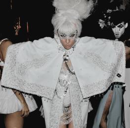 Gaga klein