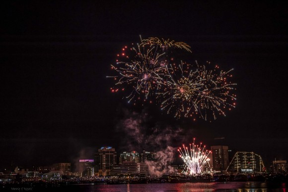 Chesapeake Christmas Parade 2019.4th Of July Fireworks And Events Wavy Com