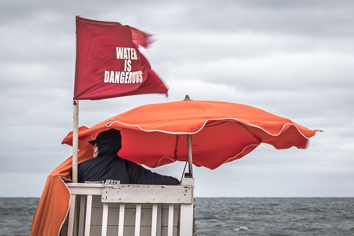 red flags virginia beach_549185