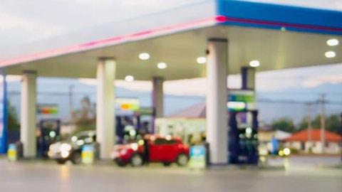 gas-station_1530614231337-846652698.jpg