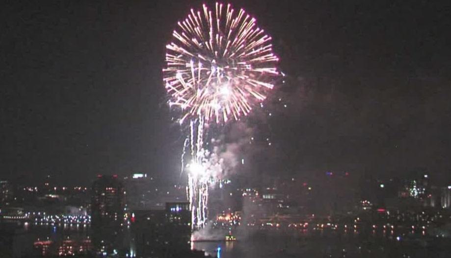 July 4th Elizabeth River Fireworks