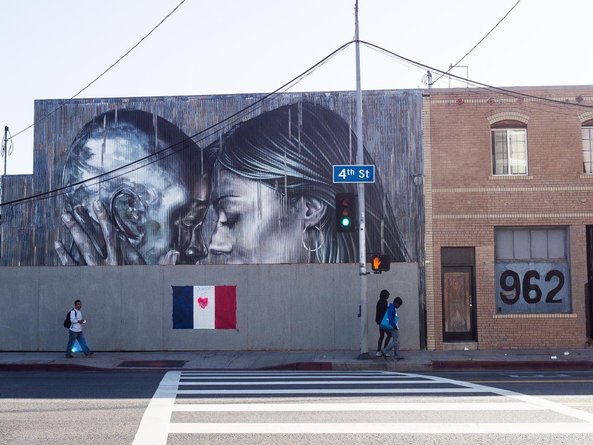Los Angeles Street Art- Lovers