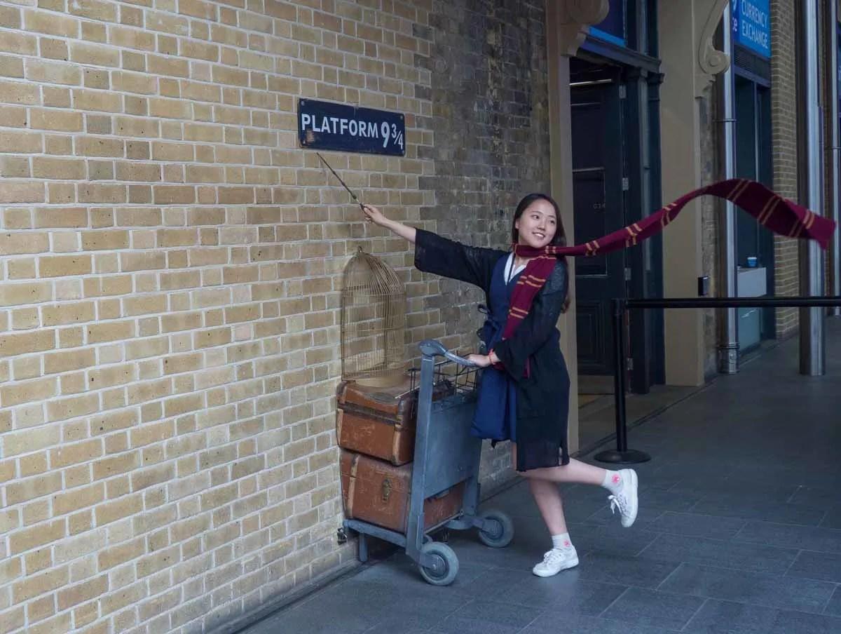 Kings Cross Station Platform 9-3/4
