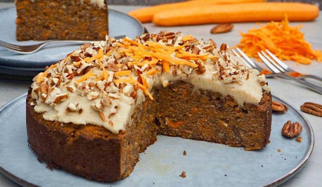 Delicious Classic Carrot and Pecan Cake Recipe