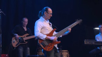 Barcelona by Wayne Jones from smooth jazz EP Closed For The Holidays. Published on 25 Jun 2014 Filmed at The Trak Melbourne