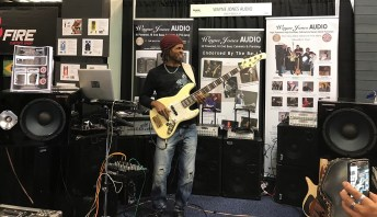 Booth performance from Wayne Jones AUDIO endorsee André Berry - NAMM 2017